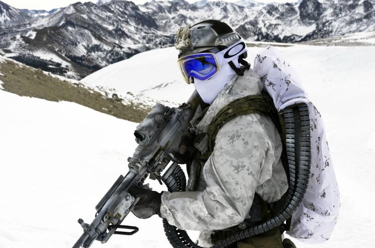 soldat-oruzhie-armiya-united-951